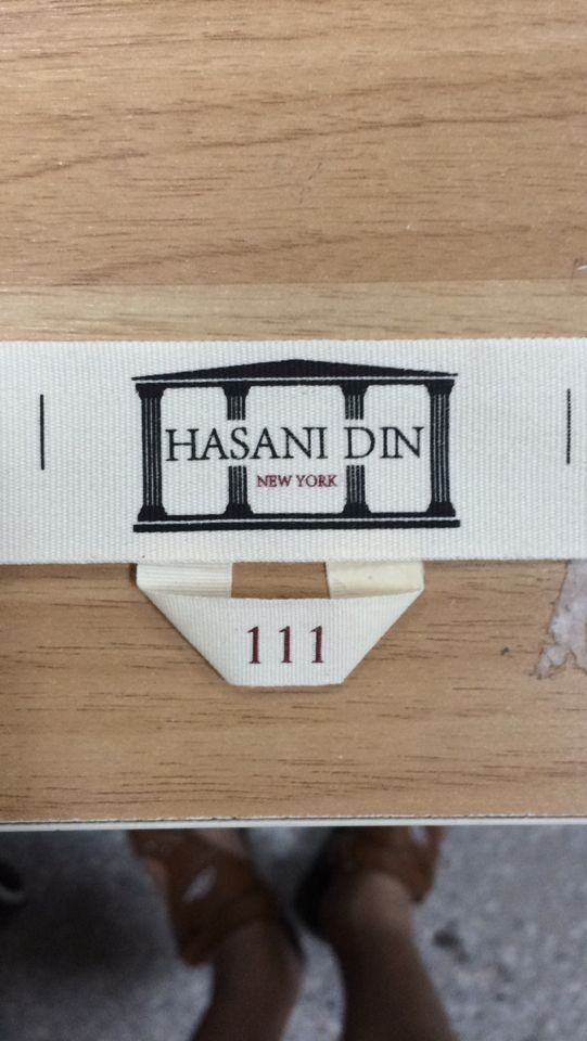 Din-Hansani-label-sample